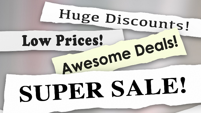 4 Stand Out Headlines which say, Huge Discounts!, Low Prices!, Awesome Deals!, Super Sale!.